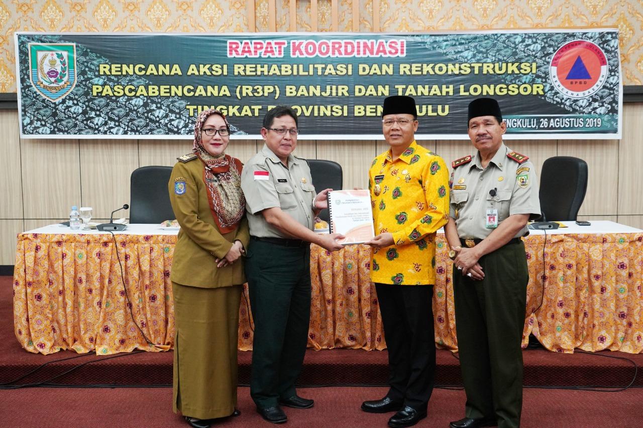 Gubernur serahkan Draf Dokumen dalam Rapat R3P