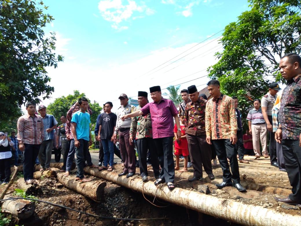 Kades seKecamatan Kerkap sampaikan keluhan ke Gubernur di Desa Penyangkak