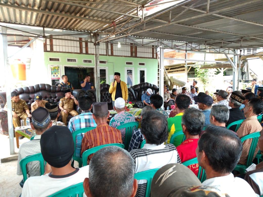 Warga Padang Burnai apresiasi pembangunan era Rohidin