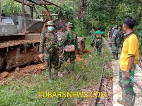 Berkat kerja keras Kodim 0423 bersama warga akses Jalan Lebong Tandai bisa dilewati