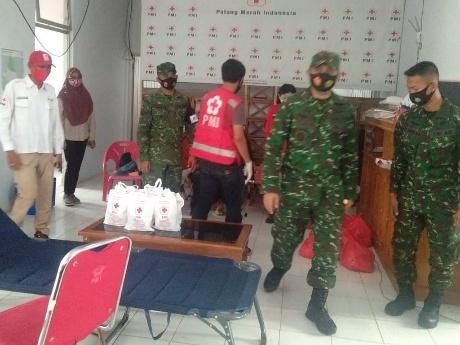 Hut TNI Ke -73, Kodim 0423 Lakukan kegiatan Donor Darah dan Bagikan Sembako