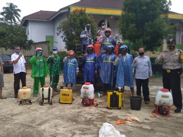 Desa Sido Urip Terus Menerus Secara Rutin Lakukan Penyemprotan Disinfektan