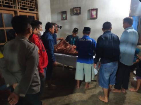 Geger…, Sedang Cari Ikan Pria 63 Tahun Meninggal Dipatok Ular